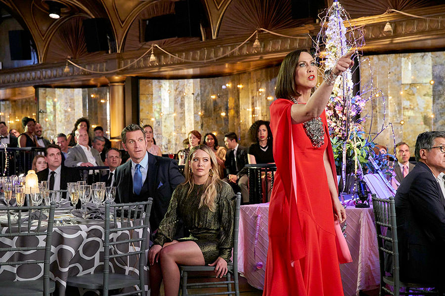 "Younger Season 6 Episode 8 ""The Debu-Taunt"" live stream - Pictured from left to right: Peter Hermann as Charles Brooks, Hilary Duff as Kelsey Peters, and Miriam Shor as Diana Trout - Photo Credit: TV Land"