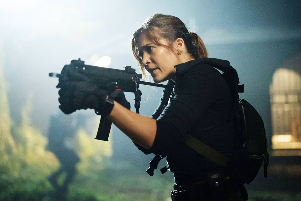 """THE PURGE -- """"Hail Mary"""" Episode 209 -- Pictured: Chelle Ramos as Sara Williams -- (Photo by: Alfonso Bresciani/USA Network)"""