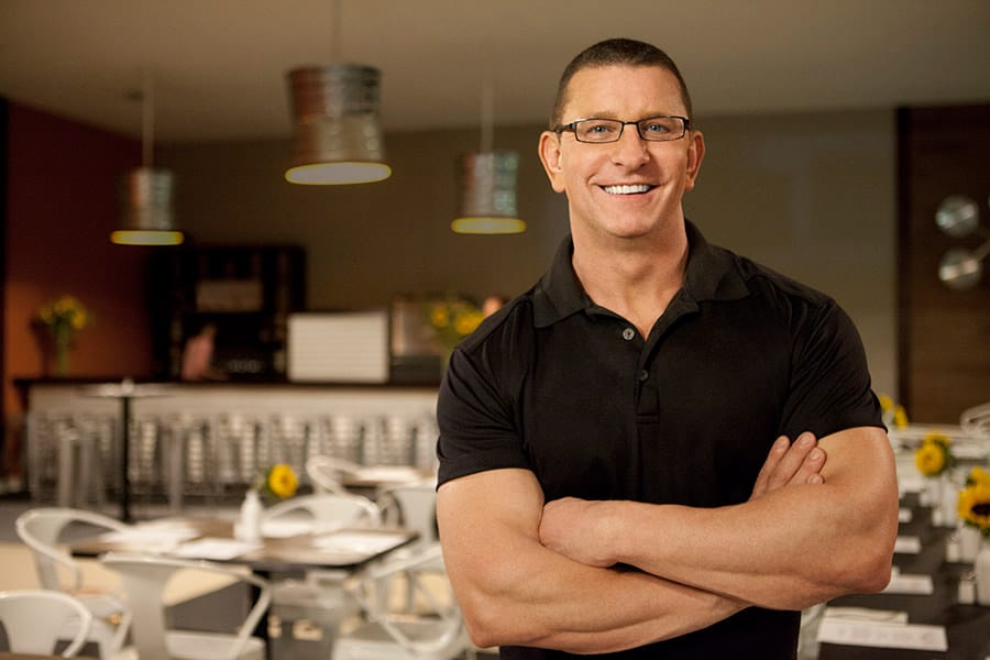 Robert Irvine on Food Network's Restaurant Impossible - Photo Credit: Food Network